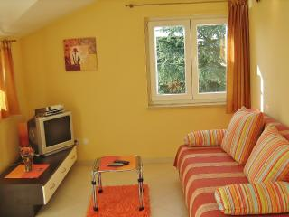TH00402 One bedroom, Mali Maj