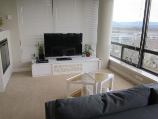 Richmond Residence - 3 Bedroom suite near YVR