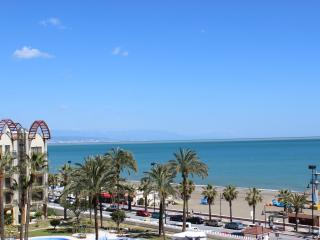 Apartment with nice views, Torremolinos