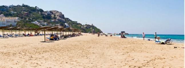 Vista a la izquierda de la playa