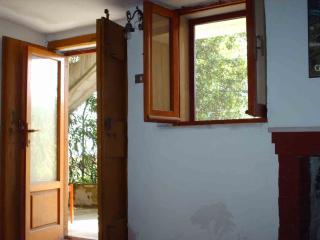 Gargano 2-4 beds apartment in a villa 300 euro