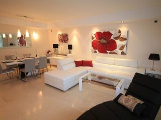 Brand New Luxury 3 Bedroom Apartment Marbella