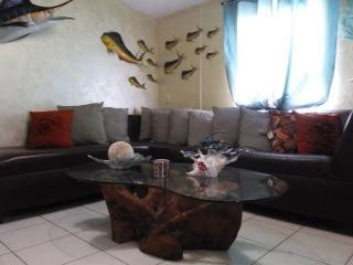 FLORIDA KEYS 2 BEDROOM COTTAGE IN ISLAMORADA, Islamorada