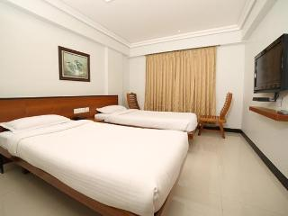 KINGS CROSS RESIDENCY, Chennai (Madras)