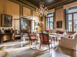 Ca'Affresco 2 - Unique luxury large apartment in the heart of San Marco district, 5 bedrooms, terrace, Venecia