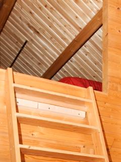 Remove-able stair to ceiling. Can be dangerous for out for little children.