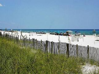 BEACHFRONT FOR 8!  GREAT VIEWS! 10% OFF MARCH STAYS! CALL NOW!, Panama City Beach