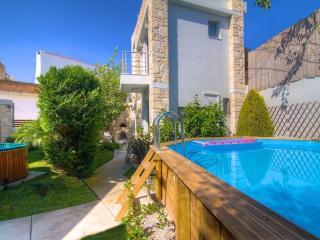 Joanna's Manor House - Ideal for Families!, Rethymnon