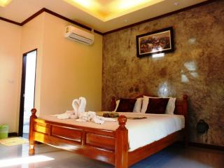 38 $/Night Room No.4 and Room No.5 Twin house