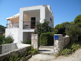 Apartman Skoric, Zirje Island