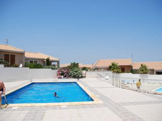 Mediterranean Villa, Fitou. WiFi, Air-Con, Pool