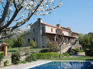 345 Villa with pool near Portugal, Tomino