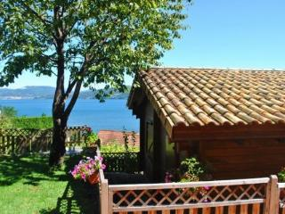 215A Two bedroom Cottage con vistas al mar, Vilaboa