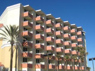 The Cove on Ormond Beach - Beautiful 1 Bedroom