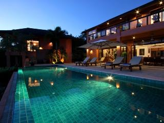 Luxury villa with private beach and stunning view, Wichit