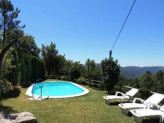 Countryside House + pool Geres, Terras de Bouro
