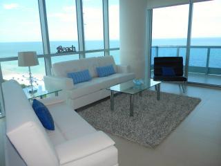 Stunning Oceanfront Miami Beach 1bd APT FREE WIFI