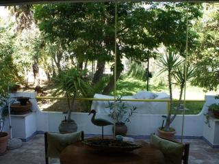 STUDIO, SLEEPS 2 IN QUINTA DO ROMAO, Quarteira
