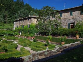 Abbazia del 1051, Gaiole in Chianti