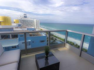 NEW 1bd/1bath Miami Beach apt Ocean/ city Balcony