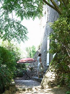 Private garden (maison de l'amandier)