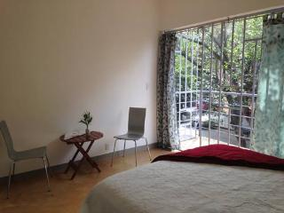 Apt in Roma neighborhood with balcony, Mexico City