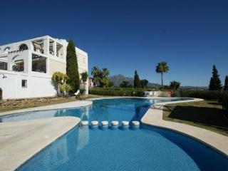 Apt. with barbecue,pool La Qui, Marbella