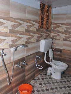 Bathroom-Annex
