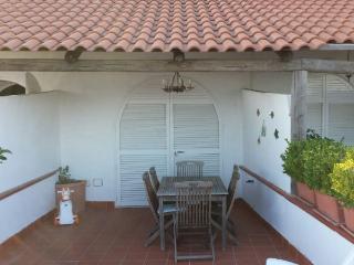 Villa a schiera con ampio terrazzo panoramico, Barano d'Ischia