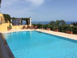 MATIS VILLA con piscina, Taormina