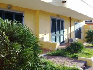 palazzo di recente costruzione in zona periferica, Castelsardo