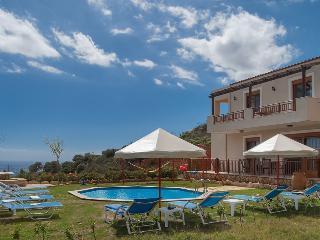 Villa Stefania, Triopetra