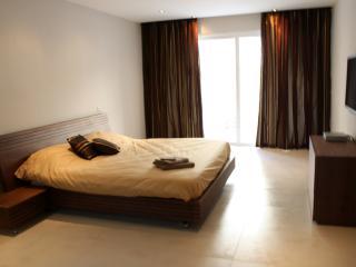 Ta' Xbiex Apartment