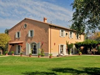 Villa Camelia, Castagneto Carducci