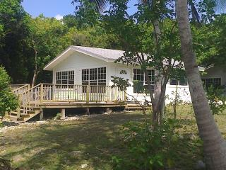 Paradise Creek Cottages, Andros