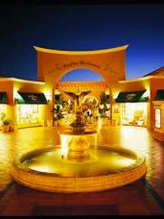 Fashion Island Mall