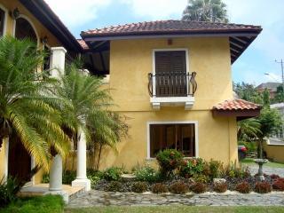Villa Style Duplex, Maraval