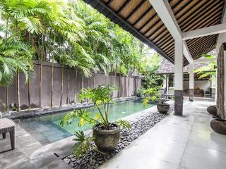 'ALLIRA'  Amazing 3 bedroom private villa in beachside Seminyak