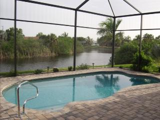 "GIGA-HOMES ""Casa Tina"", Gulf ACCESS, Cape Coral"