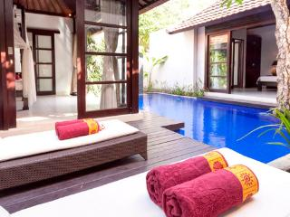 4 En-Suite Bedrooms Private Villa 2, Canggu