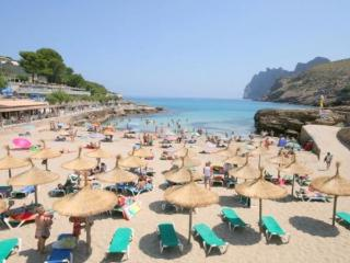 Chalet with beach,views to the, Cala Sant Vicenç