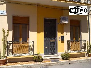 NICE HOUSE WiFi Free, Avola