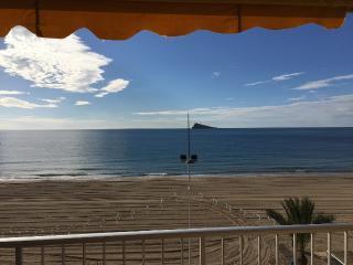 Apartamento primera linea playa Levante Benidorm