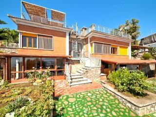 Amalfi Coast private VILLA MINERVA with private pool, free parking, sea view
