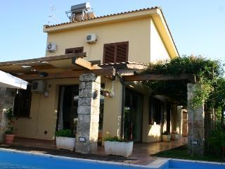 Villa Il Patio with pool, Cinisi