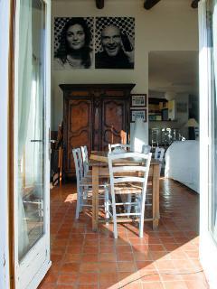 Agarrus' dinning room