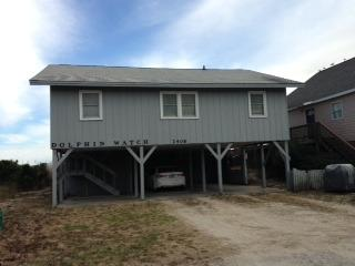 Oceanfront with Screen Porch-Pet Friendly