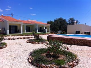 Stylish one-bedroom house in Algoz, Portugal, with air-conditioning and shared swimming pool