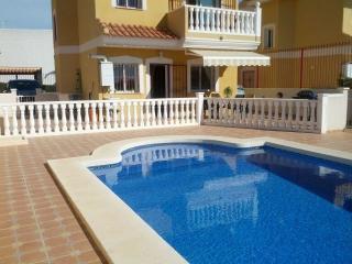 Fabulous Family Villa. Cot, Free Wi-Fi, Air Con, Puerto de Mazarrón