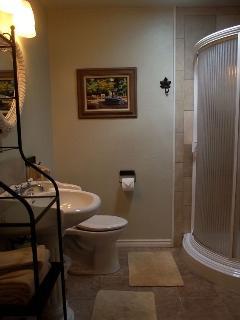 Art Studio Bathroom